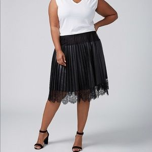 NWT Lane Bryant Faux Leather and Lace Skirt